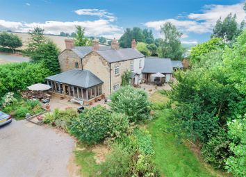 Thumbnail 6 bed detached house for sale in Woodford Halse, Daventry