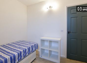 Thumbnail 4 bed shared accommodation to rent in Street Ives Place, London
