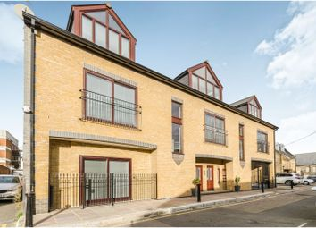 Thumbnail 1 bed flat for sale in Prince Of Wales Terrace, Chiswick