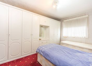 Thumbnail 2 bed flat for sale in St Kildas Road, Stoke Newington