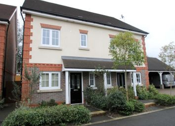 Thumbnail 3 bed detached house to rent in Rutherford Way, Horsham