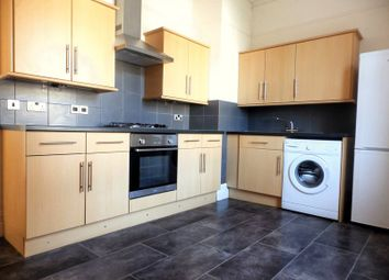 Thumbnail 3 bedroom flat to rent in Brighton Road, Worthing