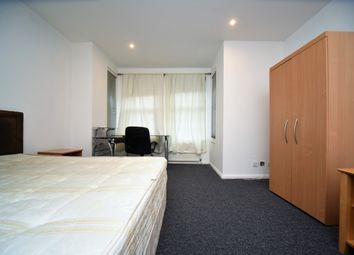 Thumbnail Room to rent in Regents Park Road, Finchley