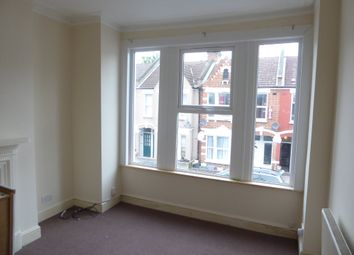 3 bed maisonette to rent in Tynemouth Road, Tooting Junction CR4
