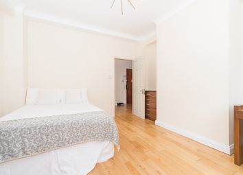 Room to rent in Regent's Park, St Johns Wood, Central London NW8