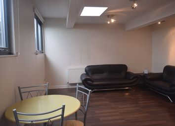 Thumbnail 3 bed flat to rent in Mitcham Road, Tooting Braodway