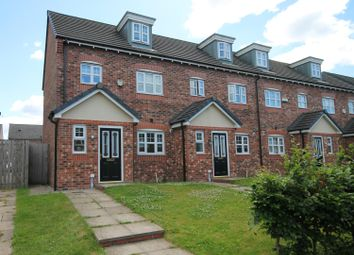 3 bed town house for sale in Crompton Street, Farnworth, Bolton BL4