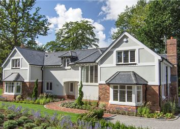 Thumbnail 5 bedroom detached house for sale in Jubilee Road, Finchampstead, Wokingham