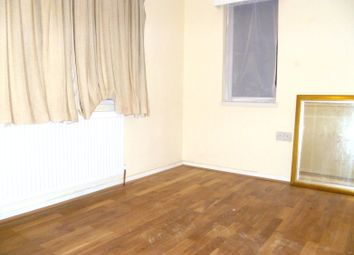 Thumbnail 4 bed shared accommodation to rent in The Promenade, Edgware