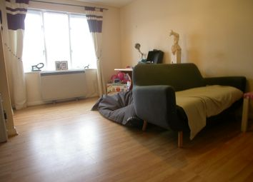 Thumbnail 1 bed flat to rent in Pimpernel Grove, Milton Keynes