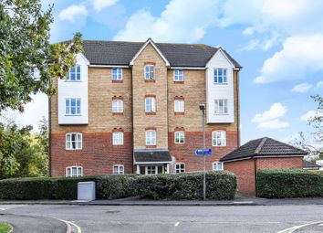 2 bed flat to rent in Friarscroft Way, Aylesbury HP20