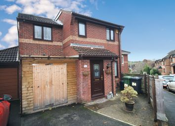 3 bed semi-detached house to rent in Farm Hill, Exeter EX4