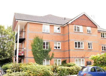 Thumbnail 2 bed flat to rent in Farringdon Court, Erleigh Road, Reading