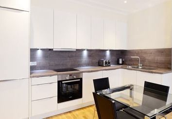 Thumbnail 1 bed flat to rent in King Street, London