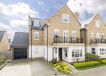 Roper Crescent, Sunbury-On-Thames TW16. 6 bed detached house for sale