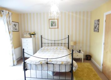 Thumbnail 2 bed detached house for sale in Milton Lane, Kings Hill, West Malling, Kent