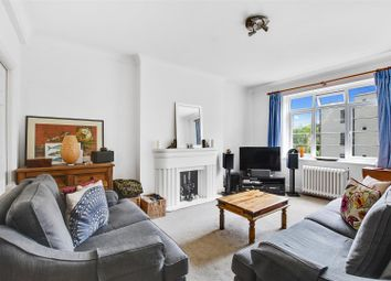 Thumbnail 2 bed flat to rent in North Hill, Highgate