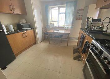 Northfield Road, Heston, Hounslow TW5. Room to rent