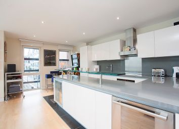 Thumbnail 3 bed flat to rent in High Timber Street, London, London