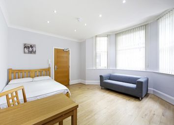 Thumbnail Studio to rent in Courtfield Gardens, London