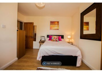 Room to rent in Coles Green Road, London NW2