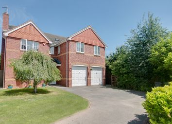 Thumbnail 5 bed detached house for sale in Findon Close, Brockhill, Redditch