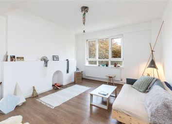 Thumbnail 1 bed flat to rent in Approach Road, Bethnal Green