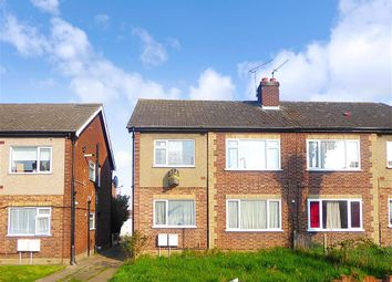 2 bed maisonette for sale in Chadwell Avenue, Romford, Essex RM6