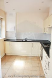 Thumbnail 3 bed flat for sale in Regents Park Road, Finchley Central