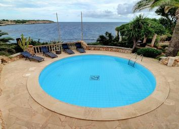 Thumbnail 6 bed villa for sale in Spain, Mallorca, Santanyí, Cala Llombards