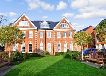 Penny Acre, Chichester, West Sussex PO19. 2 bed flat for sale