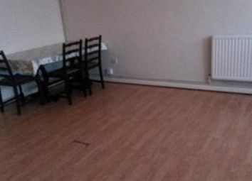 Thumbnail 3 bedroom flat to rent in Dallow Road, Luton