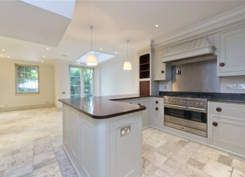 Thumbnail 4 bed property to rent in Kensington Place, London