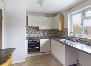 Thumbnail 1 bedroom flat to rent in Monkswood Crescent, Tadley, Hampshire