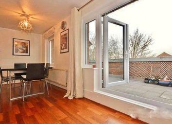 Thumbnail 2 bed flat to rent in Plevna Crecent, Tottenham, London