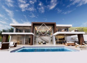 Thumbnail 4 bed villa for sale in Spain, Costa Del Sol, Marbella, Benahavís, Mrb12733