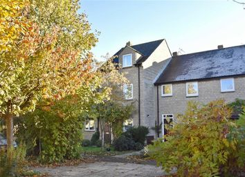 Thumbnail 4 bed town house for sale in Hatch Way, Kirtlington, Oxon