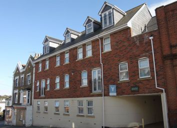 Thumbnail 3 bedroom flat for sale in Mill Hill Road, Cowes