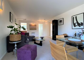 Thumbnail 2 bed flat for sale in The Oaks, Warwick Place, Leamington Spa