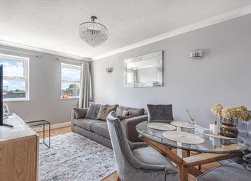 Thumbnail 2 bedroom flat for sale in Fairford Leys, Aylesbury, Buckinghamshire