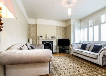Thumbnail 4 bed property to rent in Cedars Road, Beckenham