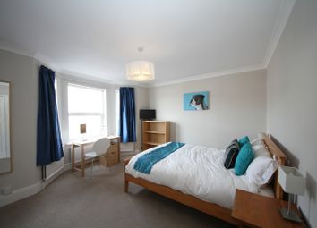 Thumbnail Room to rent in Lorne Street - Room 5, Reading