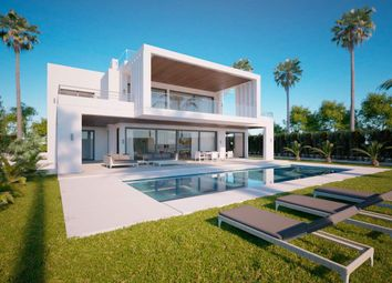 Thumbnail 5 bed villa for sale in Nueva Andalucia, Malaga, Spain