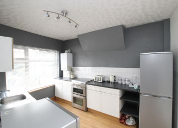 Thumbnail 4 bed flat for sale in Purley Way, Croydon, Surrey.