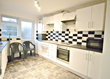 Thumbnail 6 bed detached house to rent in Henry Road, Slough