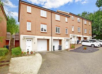 Thumbnail 3 bed town house for sale in Normandy Way, Ashford, Kent