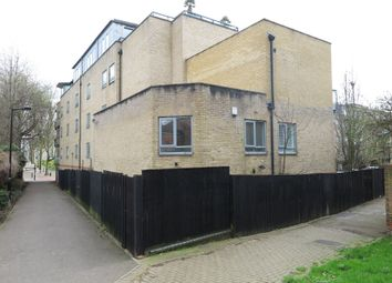 3 bed town house to rent in Rotherhithe Street, London SE16