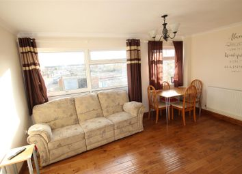 2 bed maisonette to rent in Parkway, Houghton Regis, Dunstable LU5