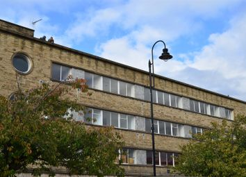 Thumbnail 2 bed flat to rent in George Street, Halifax