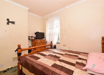 2 bed maisonette for sale in Clementina Road, Leyton, London E10